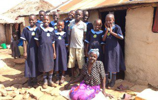community-outreach-vulnerable-woman-and-children-uganda