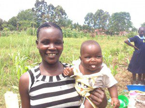 mother-and-daughter-smiling-uganda