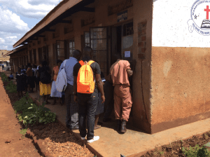 students-and-staff-locked-out-of-school-in-slums