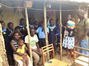 ugandan-students-pray-for-family-healing