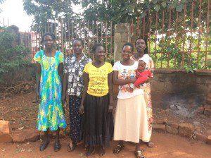 Uganda-women-jewelry-artisans-partners-with-nonprofit