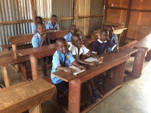 uganda-students-in-slum-getting-free-education