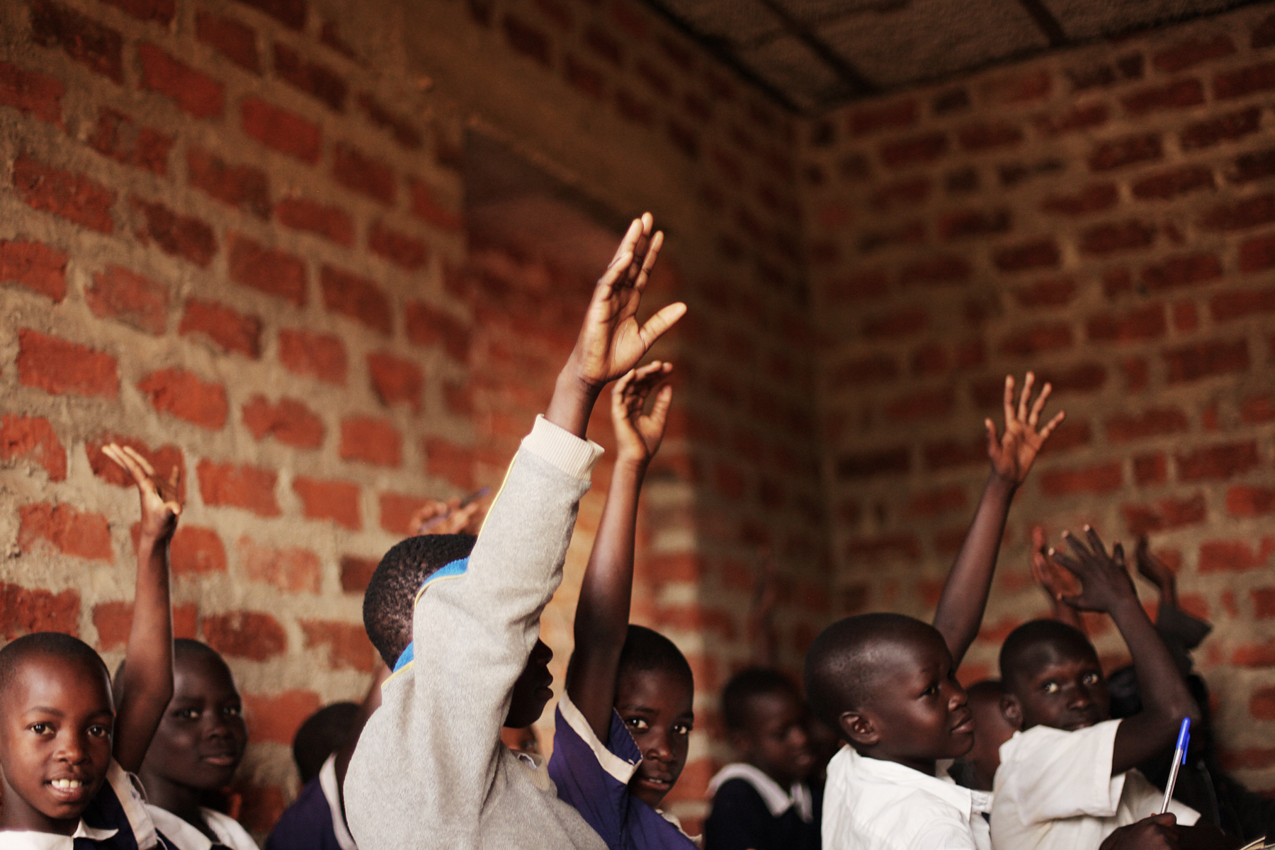 nonprofit-provides-free-education-uganda