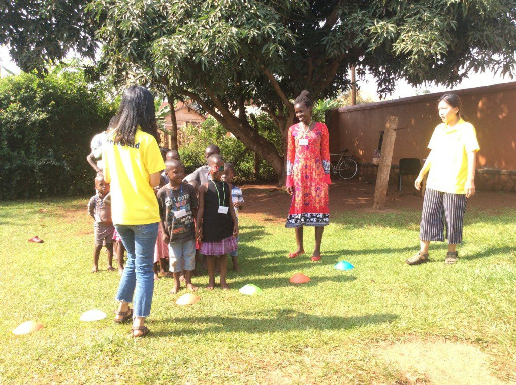 korean-missionary-Volunteers-At-orphanage-uganda